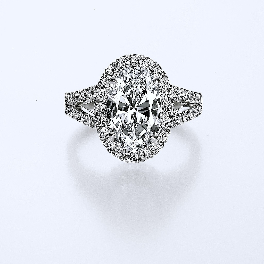 2.42 Carats Oval Diamond Ring By Mark Hiroshi Willis