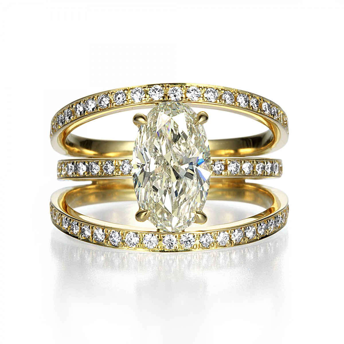 2 Carat Oval Shape Diamond Ring in K18 Yellow Gold By Mark Hiroshi Willis マークヒロシウィリス